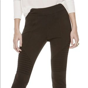 Two by Vince Camuto Ponte Leggings size small/med.